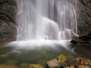 紀宝町幻の滝